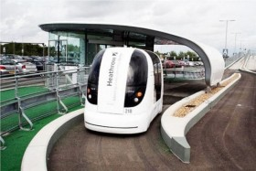 Self-Driving-Electric-Pods-to-be-Installed-near-London-2-590x393