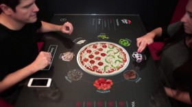 Pizza-Hut-Concept-table-tactile-interactive-Mars-